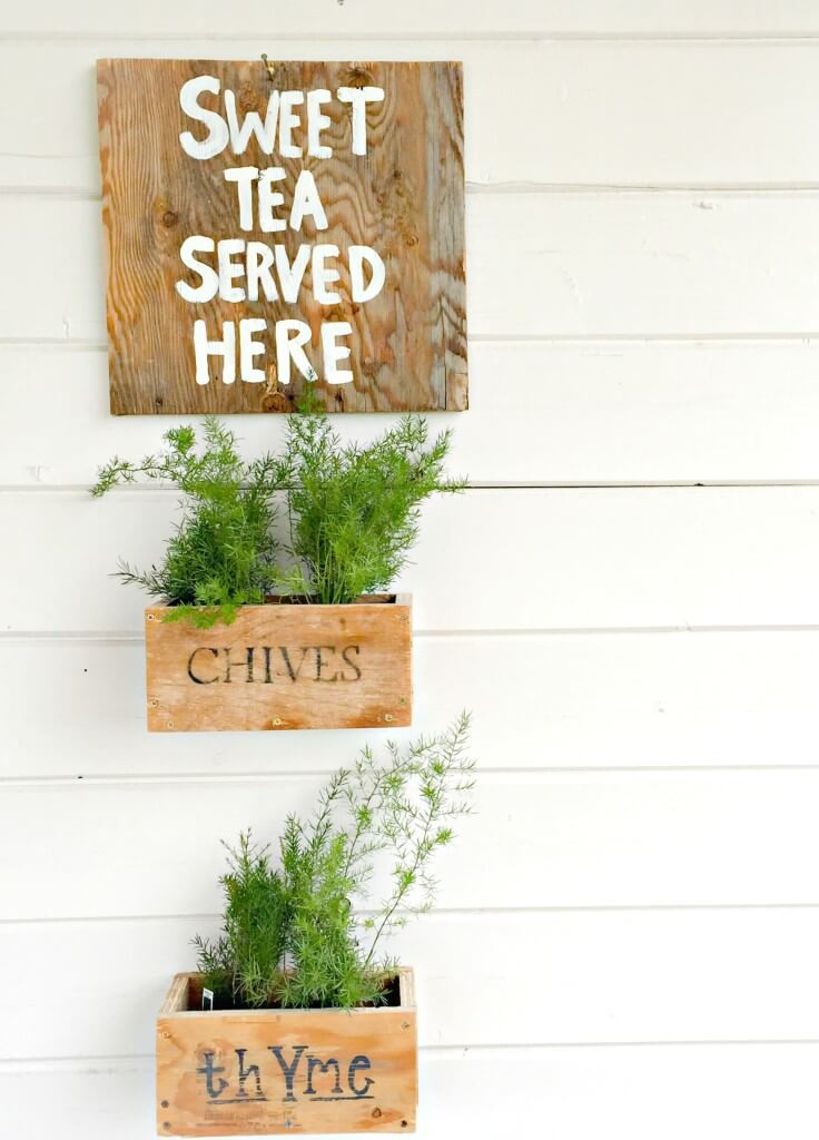 DIY Hanging Planter Boxes in 10 Minutes!
