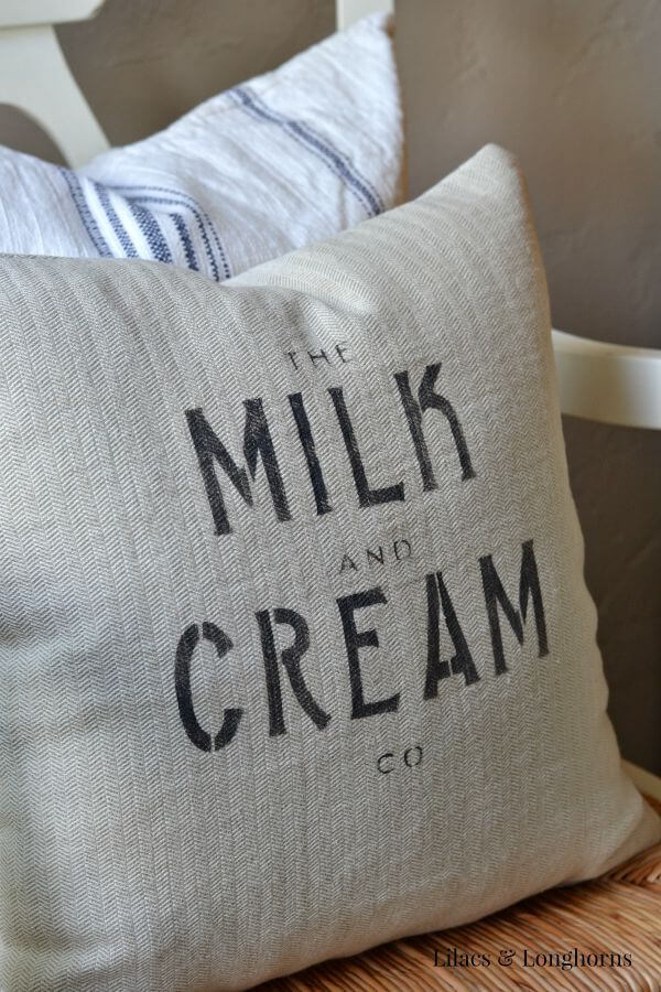 DIY Farmhouse Pillows