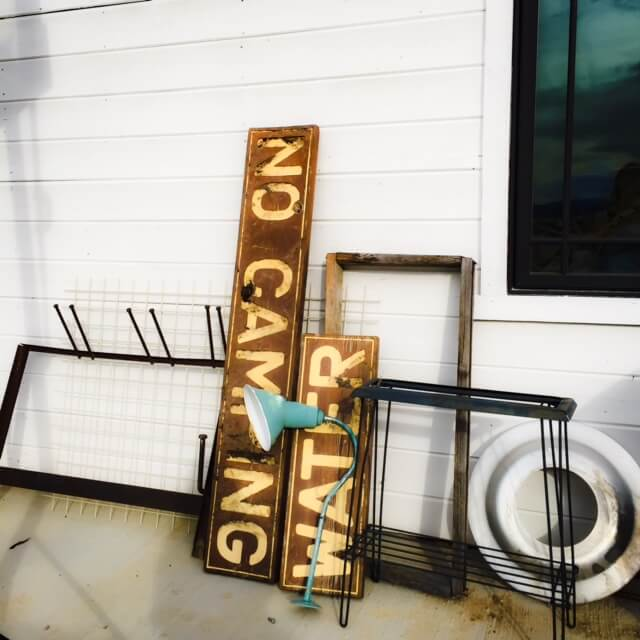 I love to find old items and give them new life. You'll never believe what this sign looked like before! | Twelveonmain.com