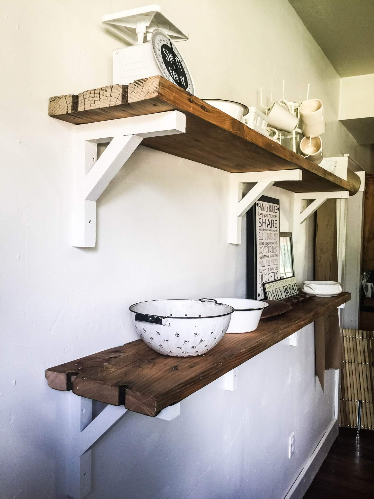 build farmhouse shelves from reclaimed wood