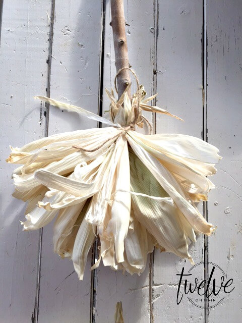DIY Corn Husk Witches Broom