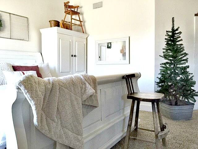 5 Elements to Add For A SImple Farmhouse Christmas