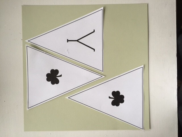 St. Patrick's Day Free Printable Banner. This is so great!   Twelveonmain.com
