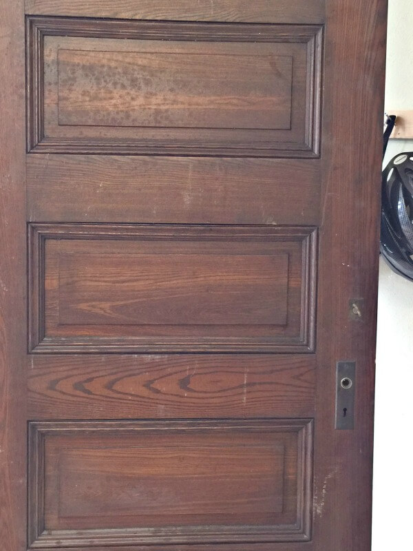 Bleached Wood Barn Doors3