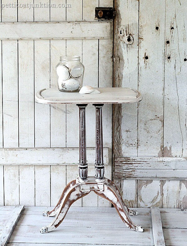 distressed-shabby-white-table-by-Petticoat-Junktion_thumb