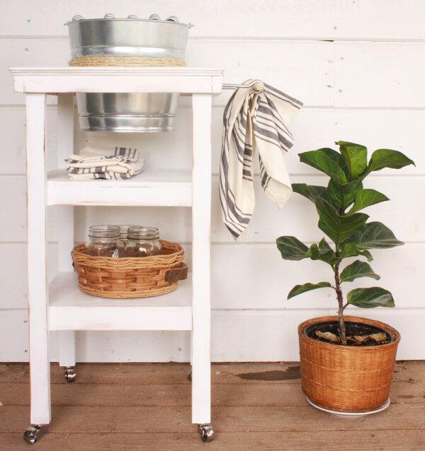 DIY Farmhouse Style Beverage Station