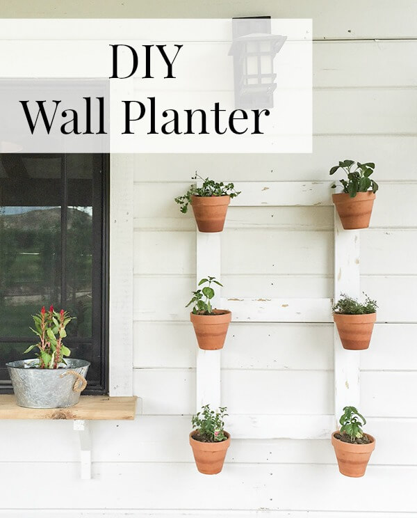 Diy farmhouse style wall planter twelve on main this diy farmhouse style wall planter is so easy youve got to check solutioingenieria Choice Image