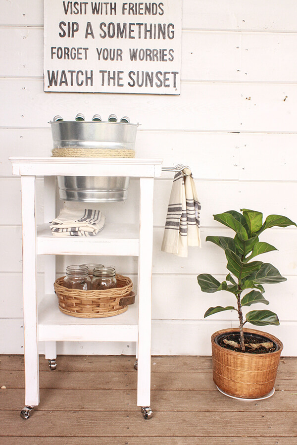 This farmhouse style beverage station is so great!