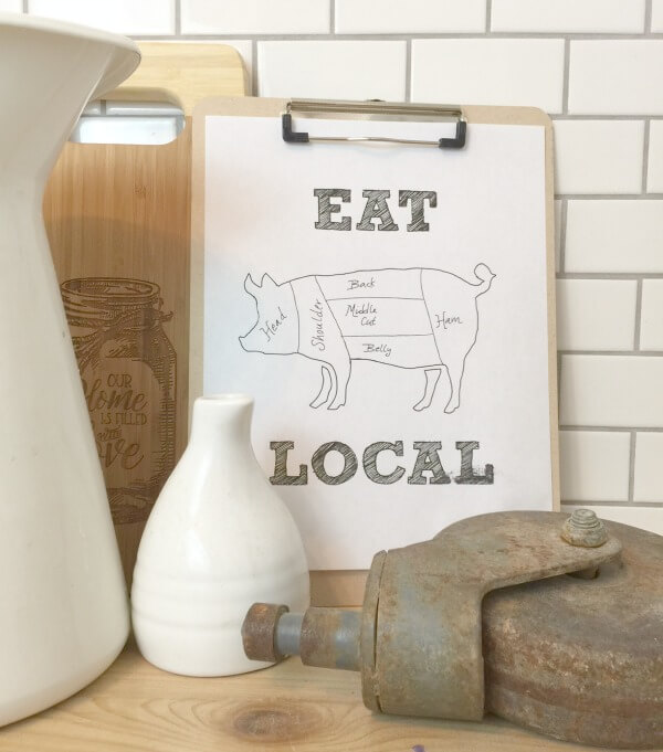 Are you looking for another awesome FREE farmhouse printable? This EAT LOCAL printable is perfect!
