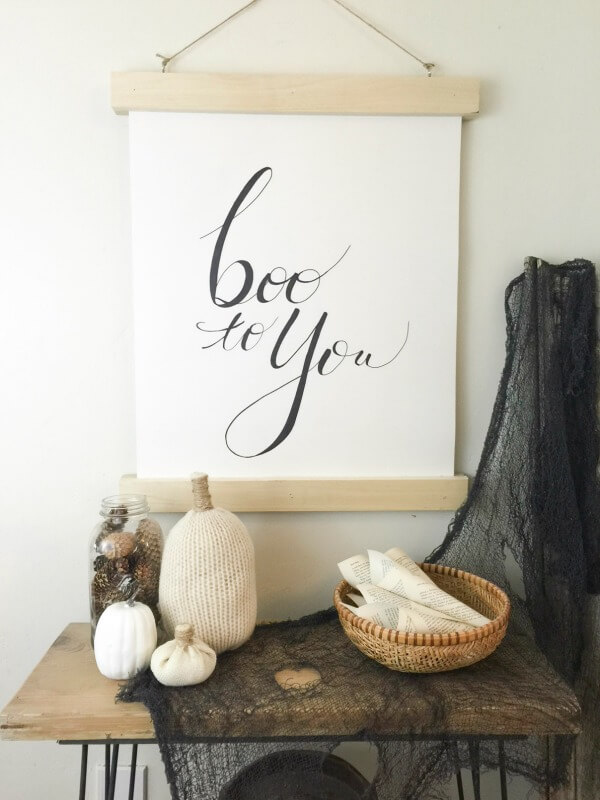 Make your fall decor easier with this DIY reversible fall sign.