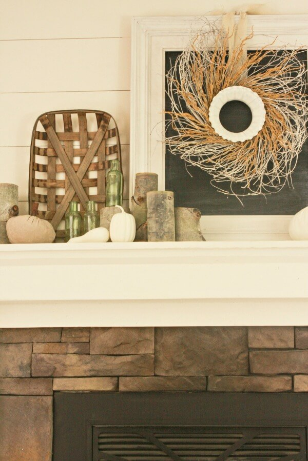 farmhouse-style-fall-mantel