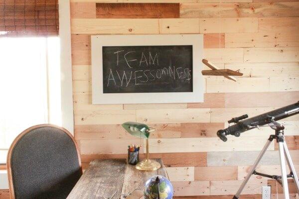 diy-reclaimed-wood-wall - DIY Easy Reclaimed Wood Wall - Twelve On Main