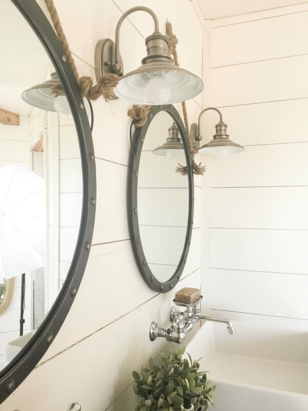 farmhouse-master-bathroom-remodel-32