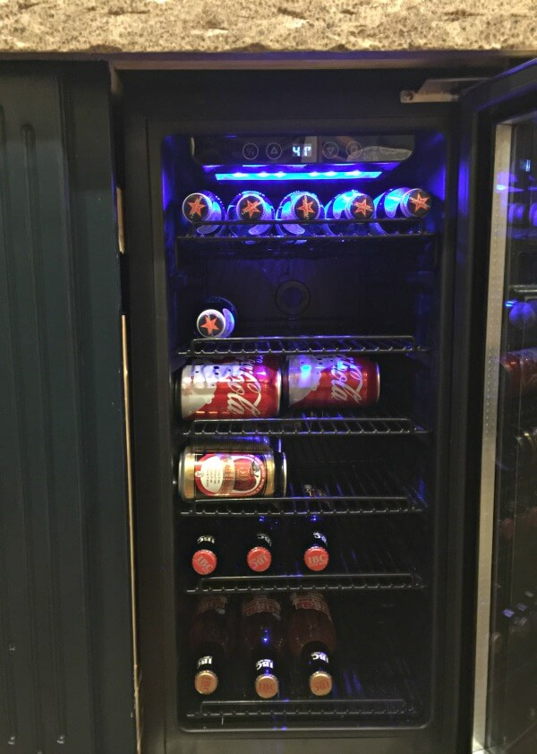 newair-beverage-fridge