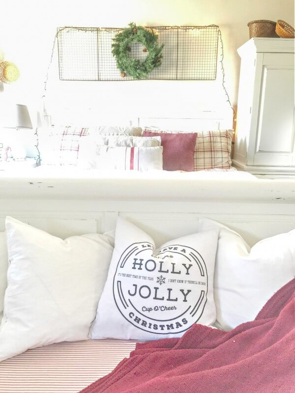 farmhouse-christmas-home-tour-2-13