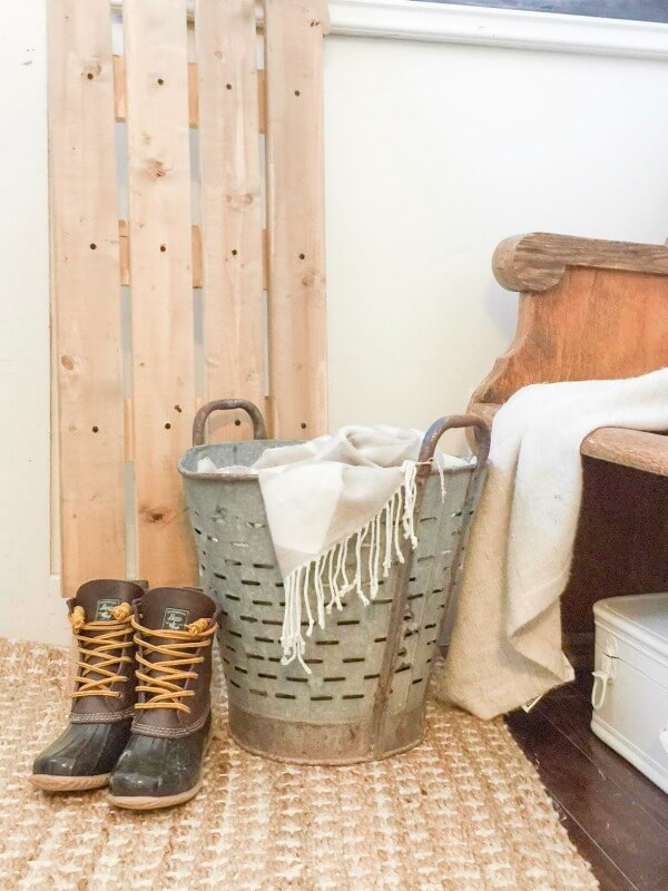 Farmhouse Winter Decor | Winter Home Tour | Farmhouse Decor | Home Tour | Winter Decor