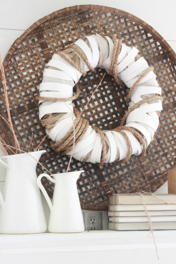 Come see how easy this DIY farmhouse wreath was to make!