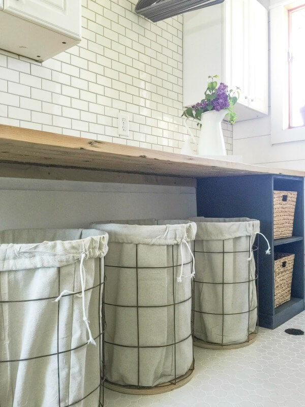 Are You Looking For An Easy And Customizable DIY Laundry Folding Table?  This One Is Part 63