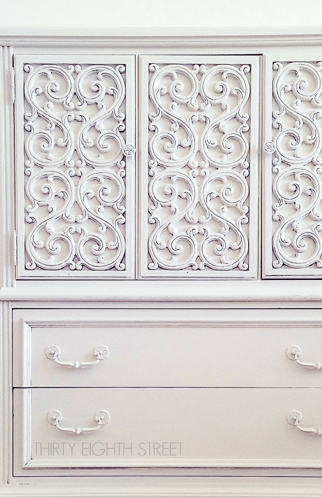 Farmhouse painted furniture makeovers
