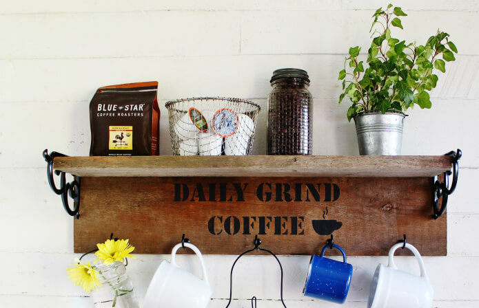 Super easy wood shelf! Try this easy wood project out today!