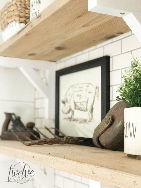 How to style decorative wall shelves like a professional designer. Try these easy tips to take your shelves to the next level!