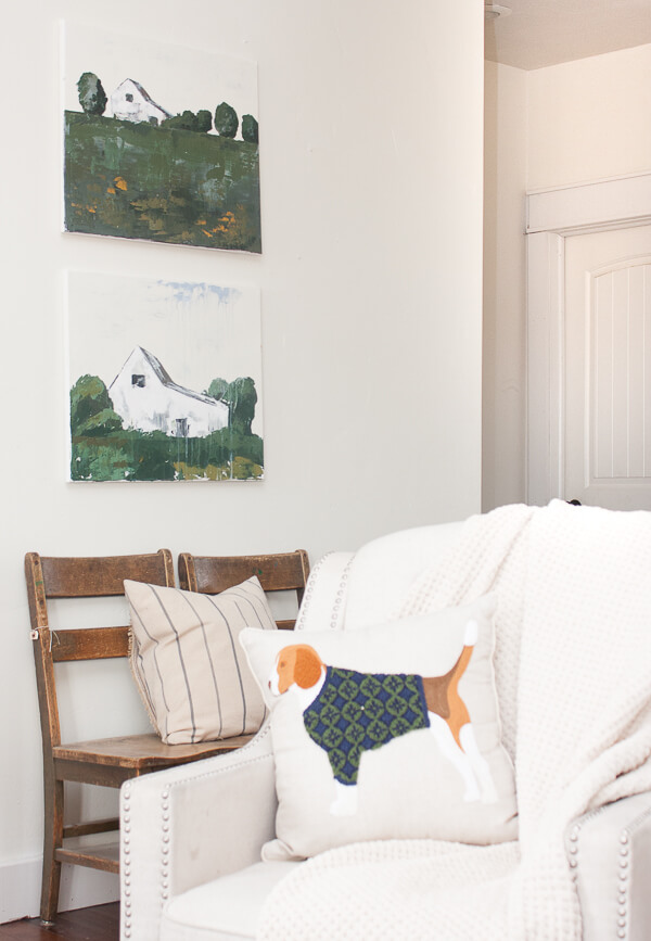 Beautiful custom farmhouse style artwork by Sara @TwelveOnMain in this farmhouse spring home tour. The whole space exudes farmhouse spring home decor and we love it. #TwelveOnMain #farmhousestyle
