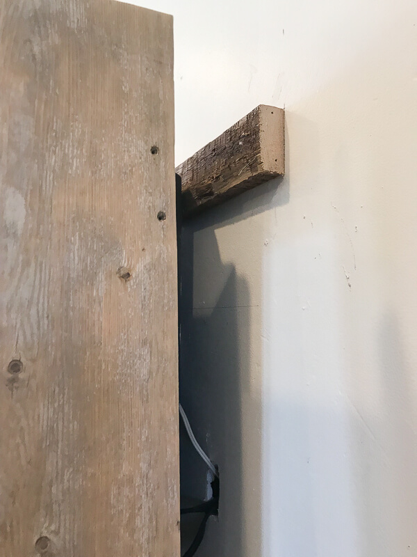 How to attach a TV frame to the wall