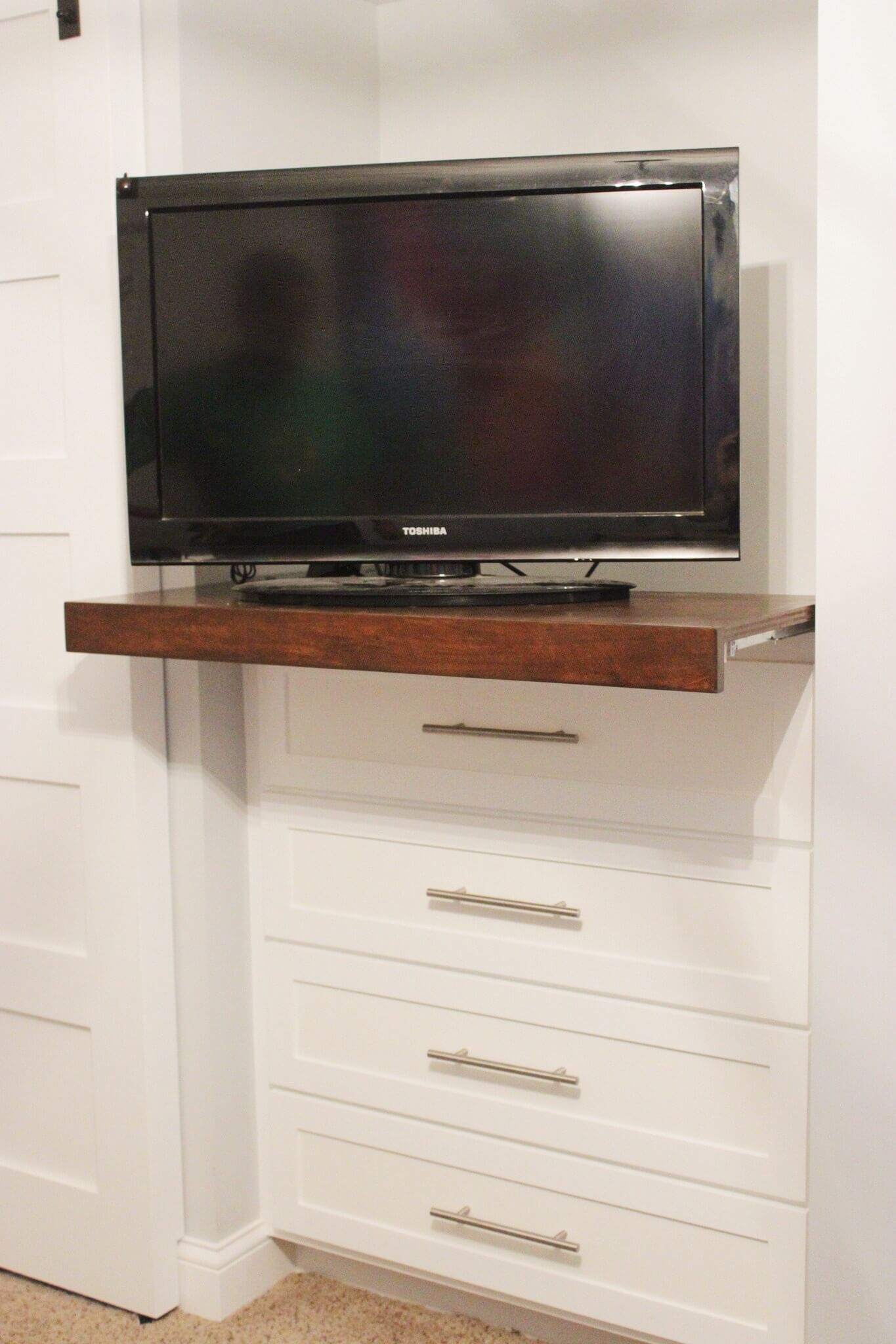 How to create your own TV console