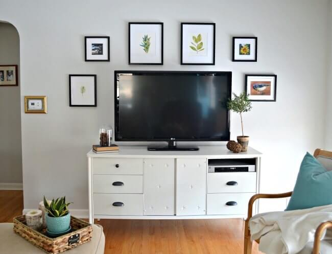 How to decorate around a TV!