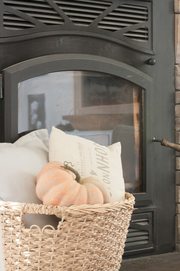 Simple farmhouse fall mantel decor
