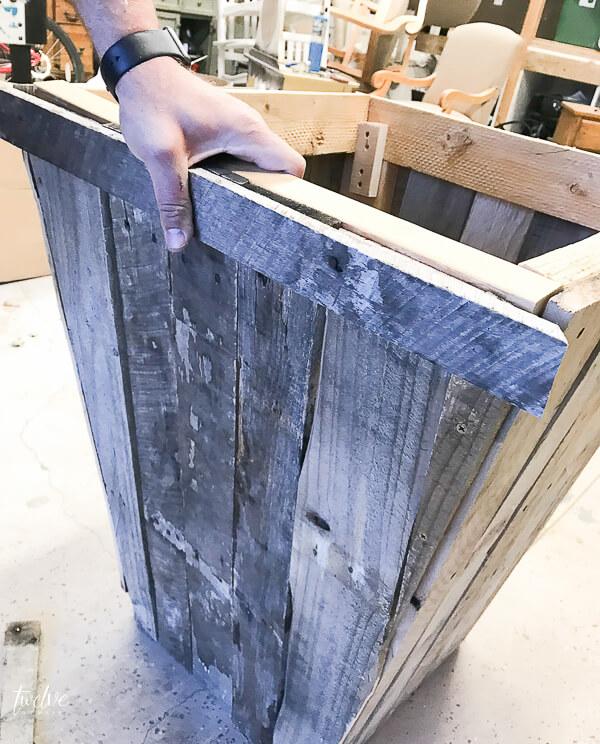 DIY pallet planter boxes