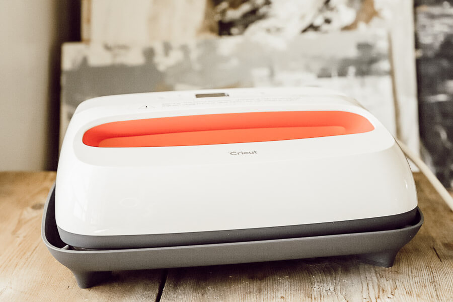 10 Things To Know About The Cricut Maker Machine Before