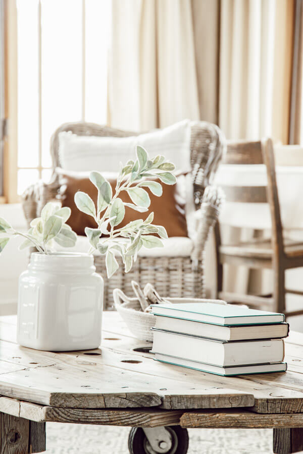 Simple spring decor ideas