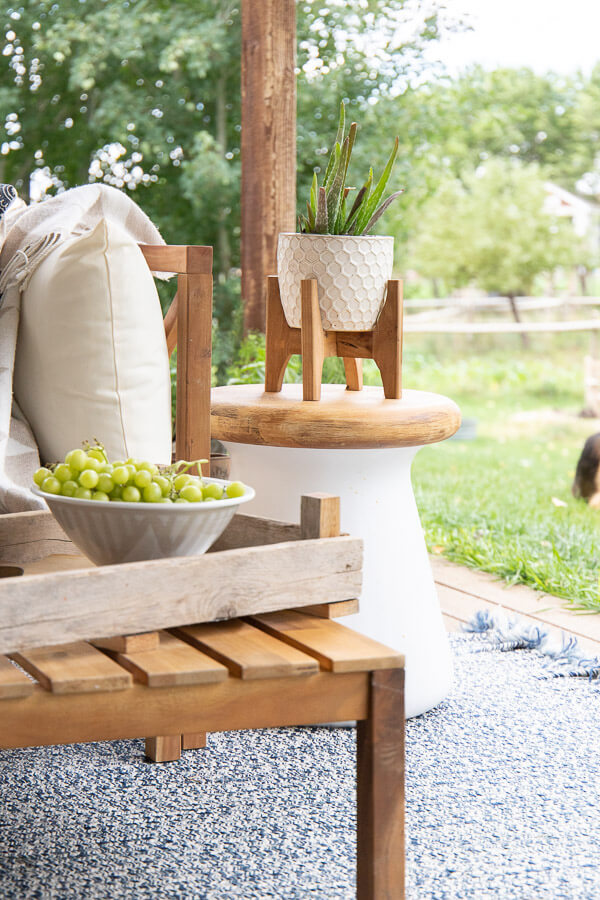 Mid century farmhouse outdoor decor