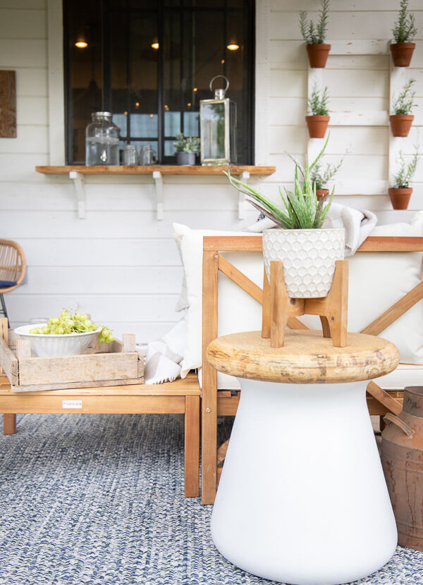 Mid century farmhouse porch decor