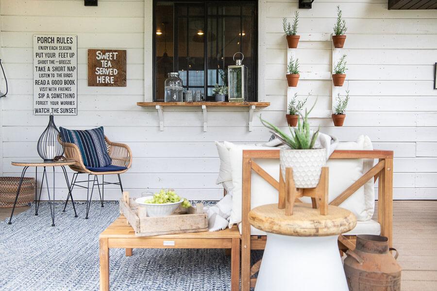 Mid century farmhouse porch decor