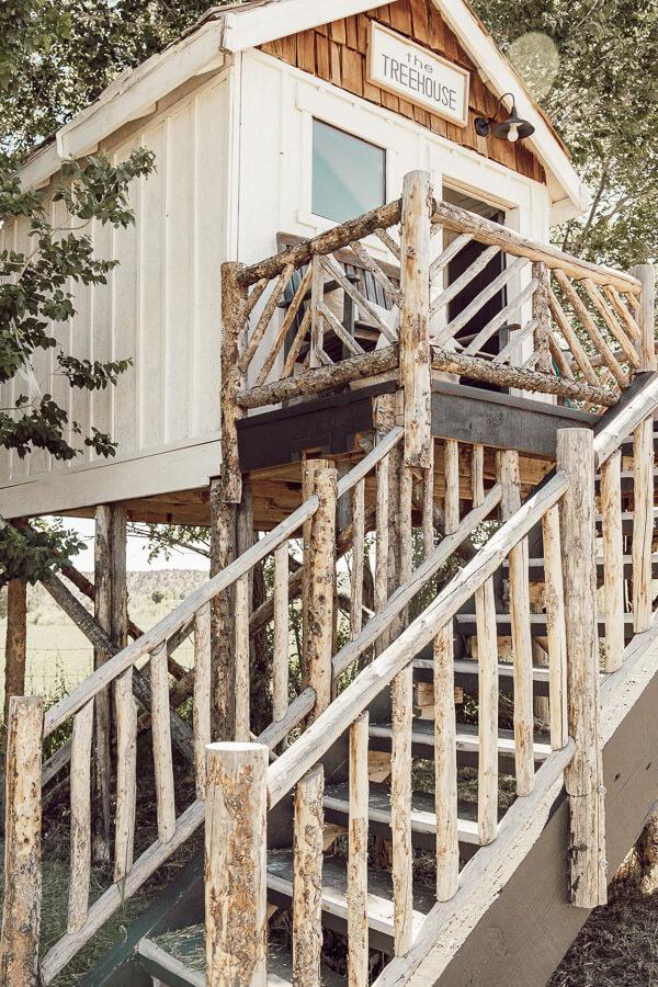 Amazing treehouse design!