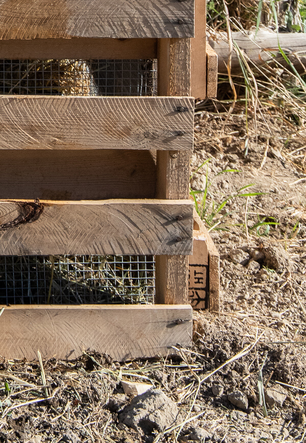 Make this easy pallet compost bin with simple to follow steps, how to choose the right pallets, and more!