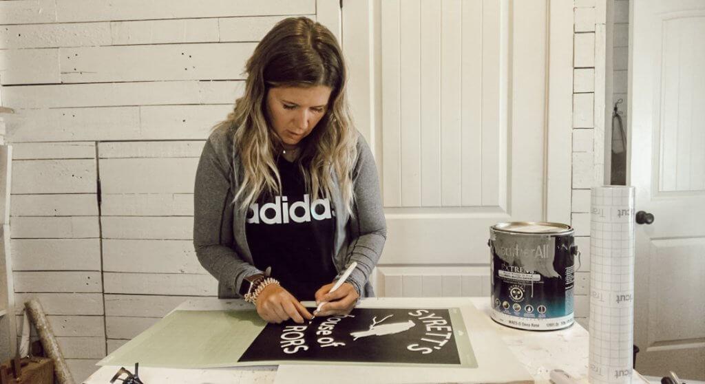 How to make a stencil using your Cricut machine