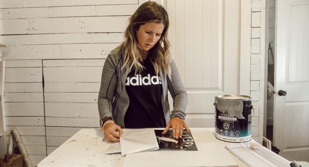 How to turn Cricut vinyl into a custom stencil
