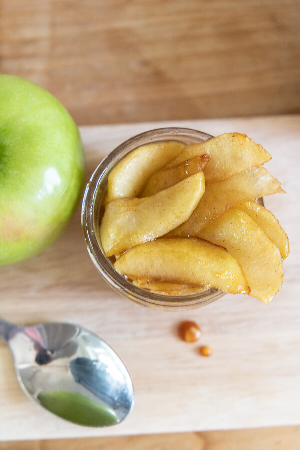 I love these spiced apples!  Make these today!  Use them as a topping for your ice cream, or eat them right out of the pan!