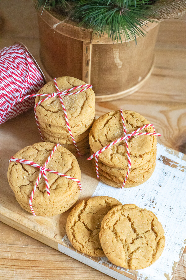 The ultimate Christmas cookie recipe. These ginger cookies are soft and chewy and so delicious!