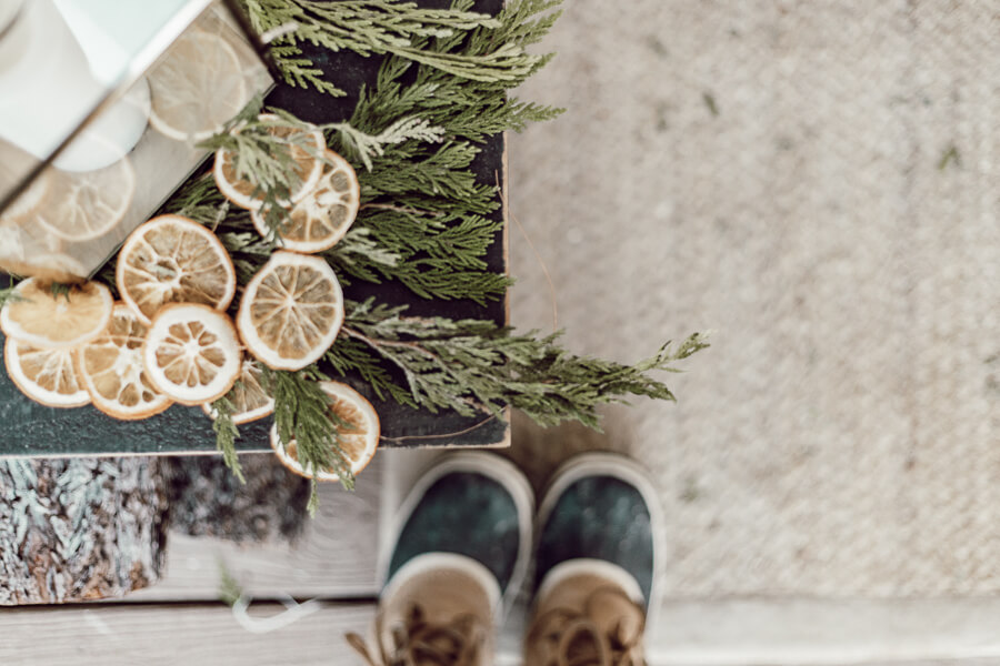 Simple and Neutral Scandinavian Style Holiday Decor