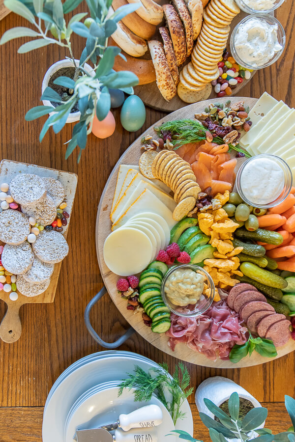 Fun and festive Easter brunch ideas!  Check out this bagel brunch charcuterie board!