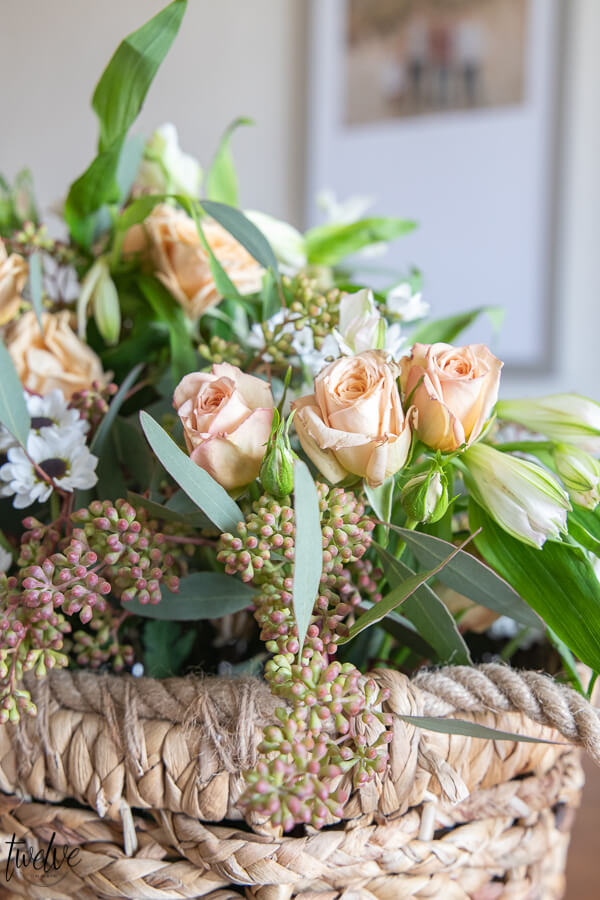 Spring flower arrangement ideas