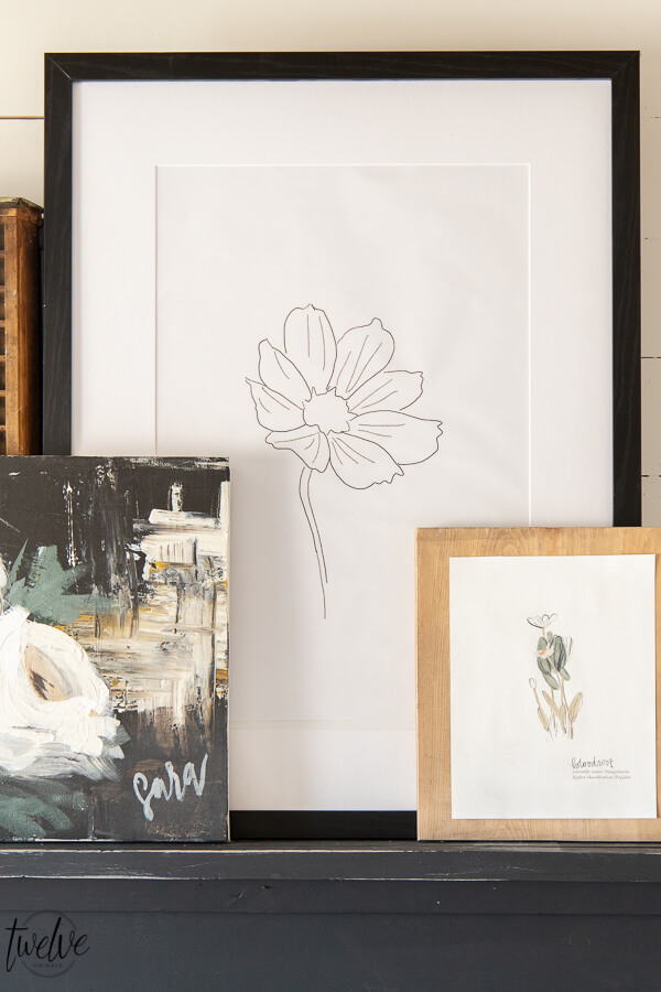 Get these FREE floral sketch printables right now! Use them in your home to add updated wall decor, use them on a gallery wall or get even more creative!