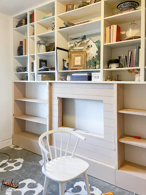 Bookshelf makeover! Come see the final reveal!! its amazing!