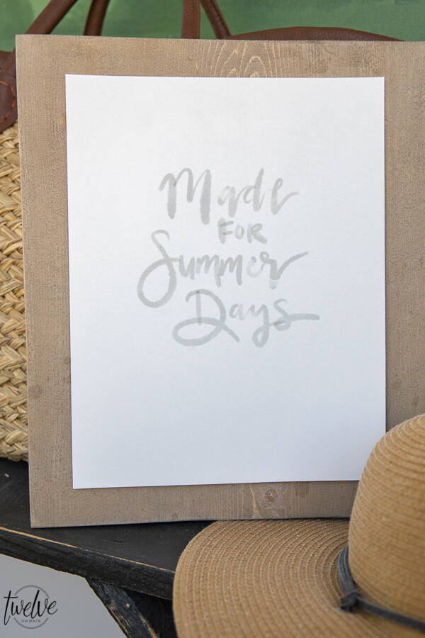 Get these 5 summer quote printables for FREE! Simple handlettered summer printables that are perfect for getting in the mood for summer!