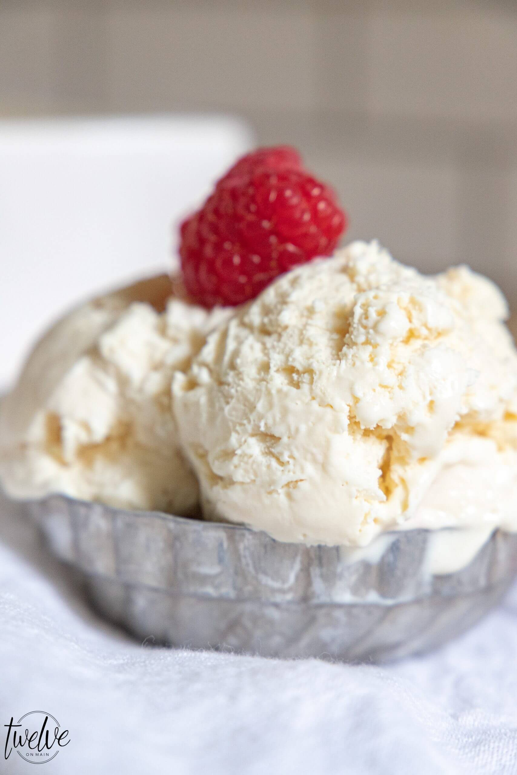 Creamy No Churn Cheesecake Ice Cream