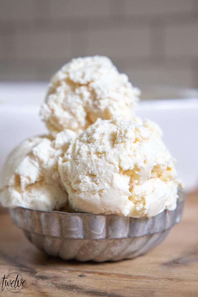 The most amazing, creamy and tangy no churn cheesecake ice cream! See how easy it is to make!